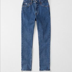 Abercrombie & Fitch High Rise Slim Jeans 26S short